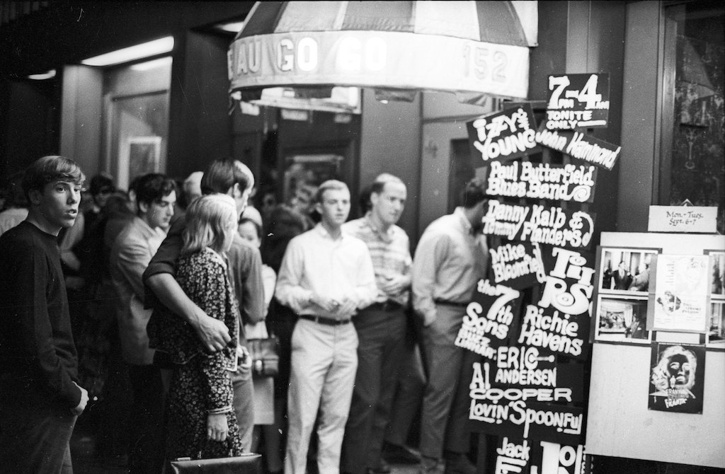 Exterior of Café Au Go Go in NYC in 1965