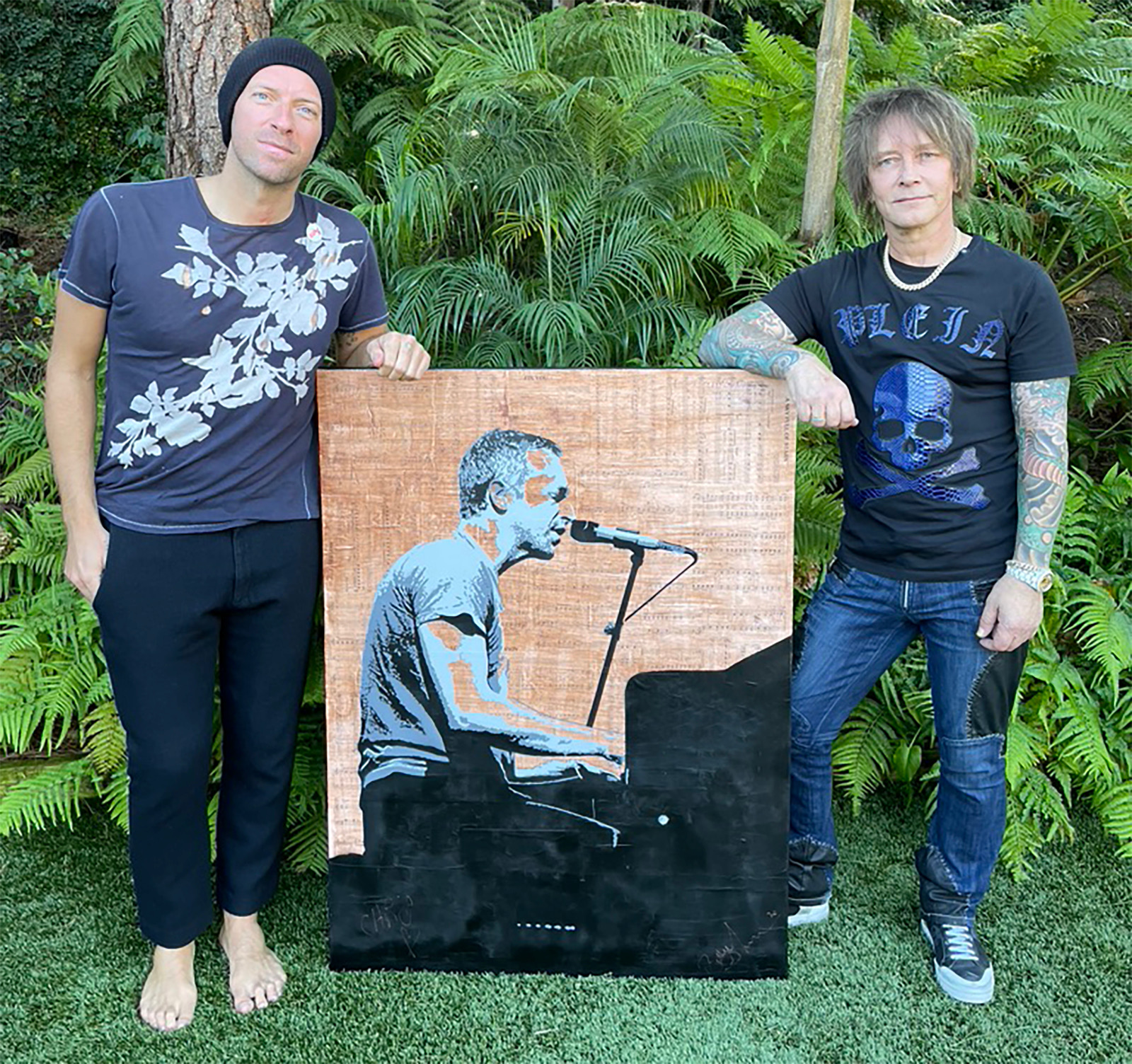 Chris Martin (L) and Billy Morrison (R)