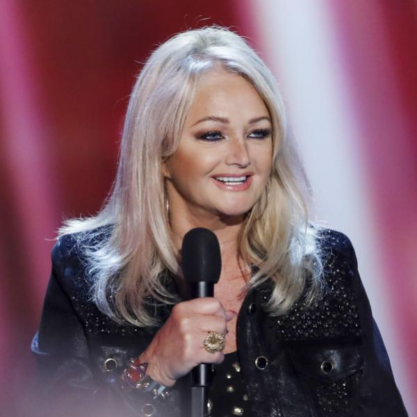 Bonnie Tyler performs in 2016