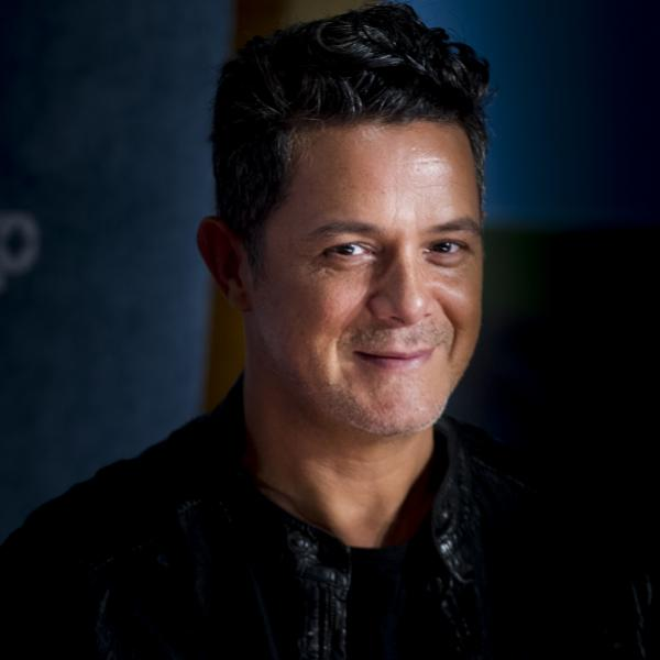 Alejandro Sanz photographed in 2017