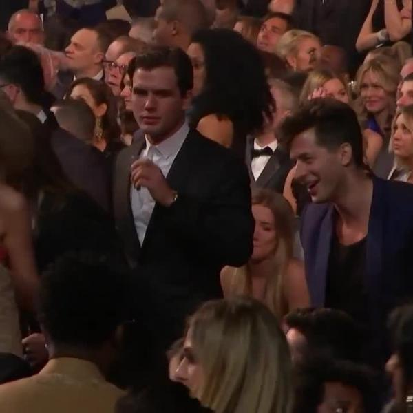 Taylor Swift, Mark Ronson: 58th GRAMMY Audience Cam