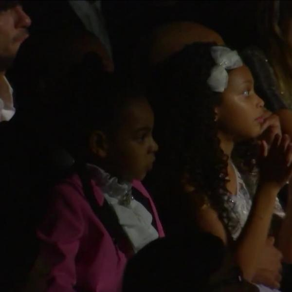 Jay Z and Blue Ivy Watch Beyoncé perform at the 59th GRAMMYs
