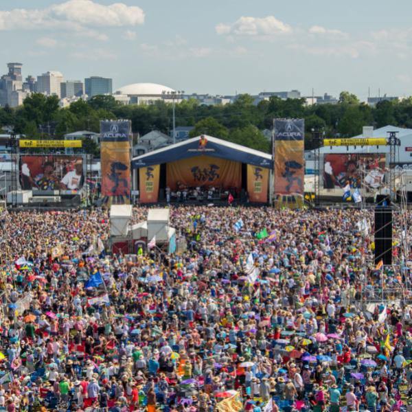 Crowd shot at New Orleans Jazz & Heritage Festival 2017