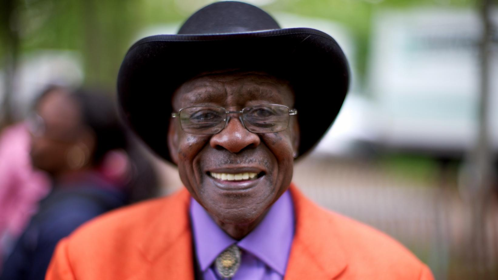 Photo of Bob Stroger at the 2011 Chicago Blues Festival
