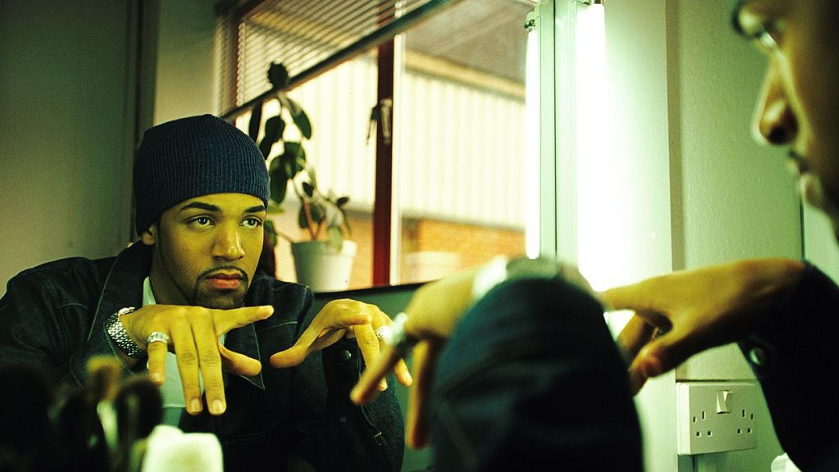 """Craig David on the set of his """"Fill Me In"""" music video in 2000"""