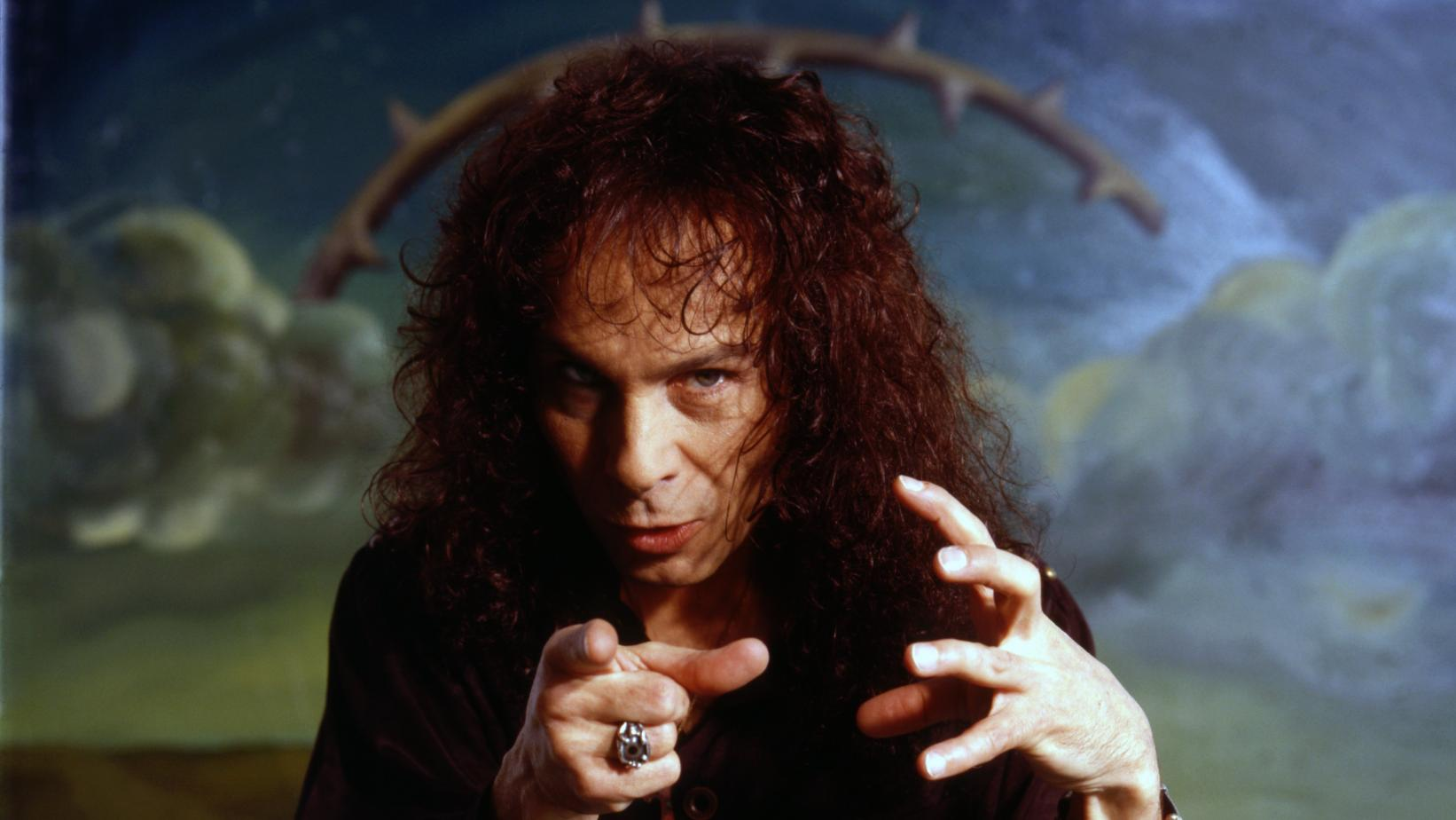 Ronnie James Dio in 1990