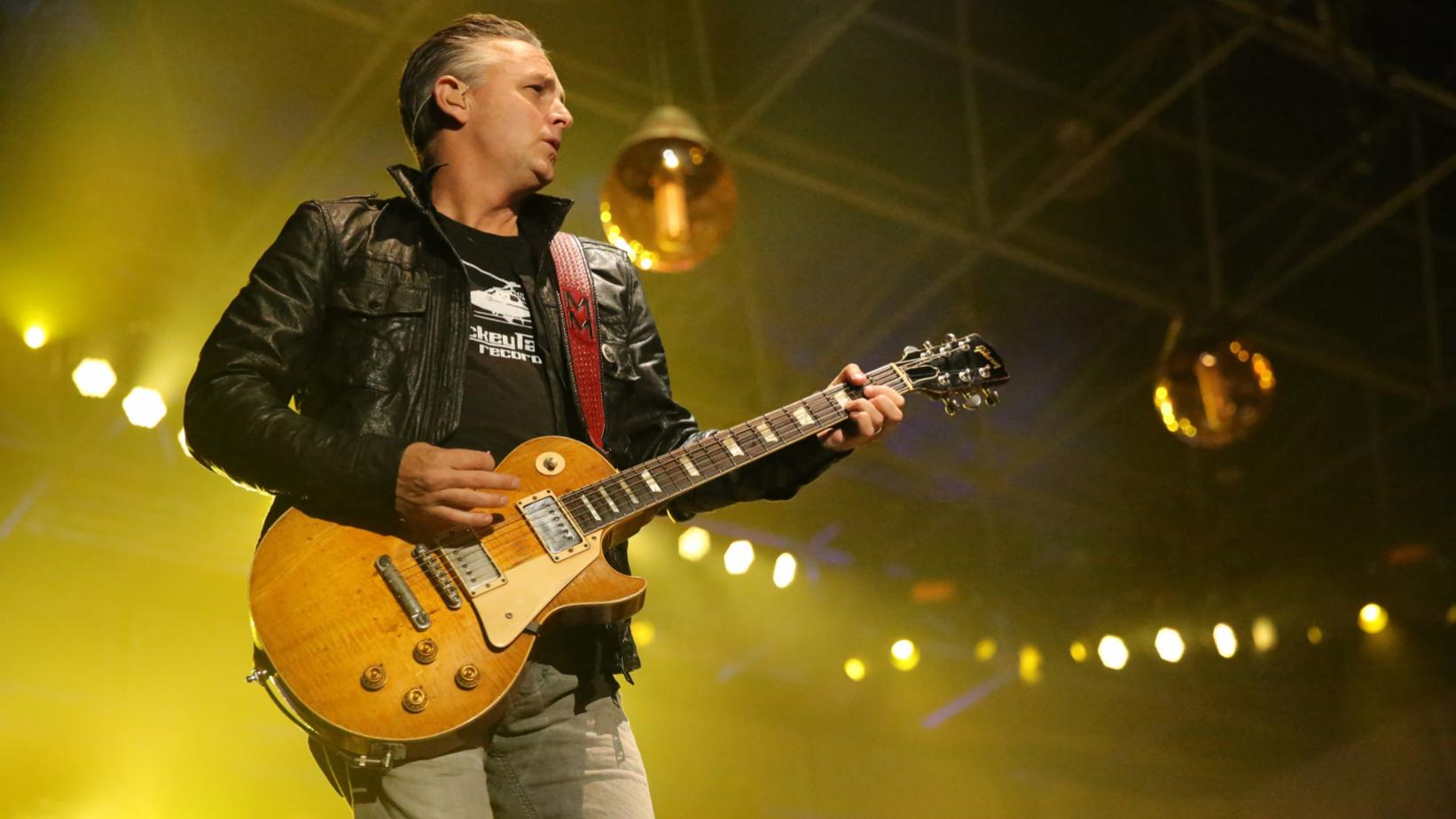 Mike McCready of Pearl Jam onstage