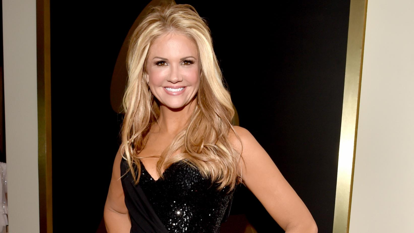 Nancy O'Dell at the 59th GRAMMY Awards