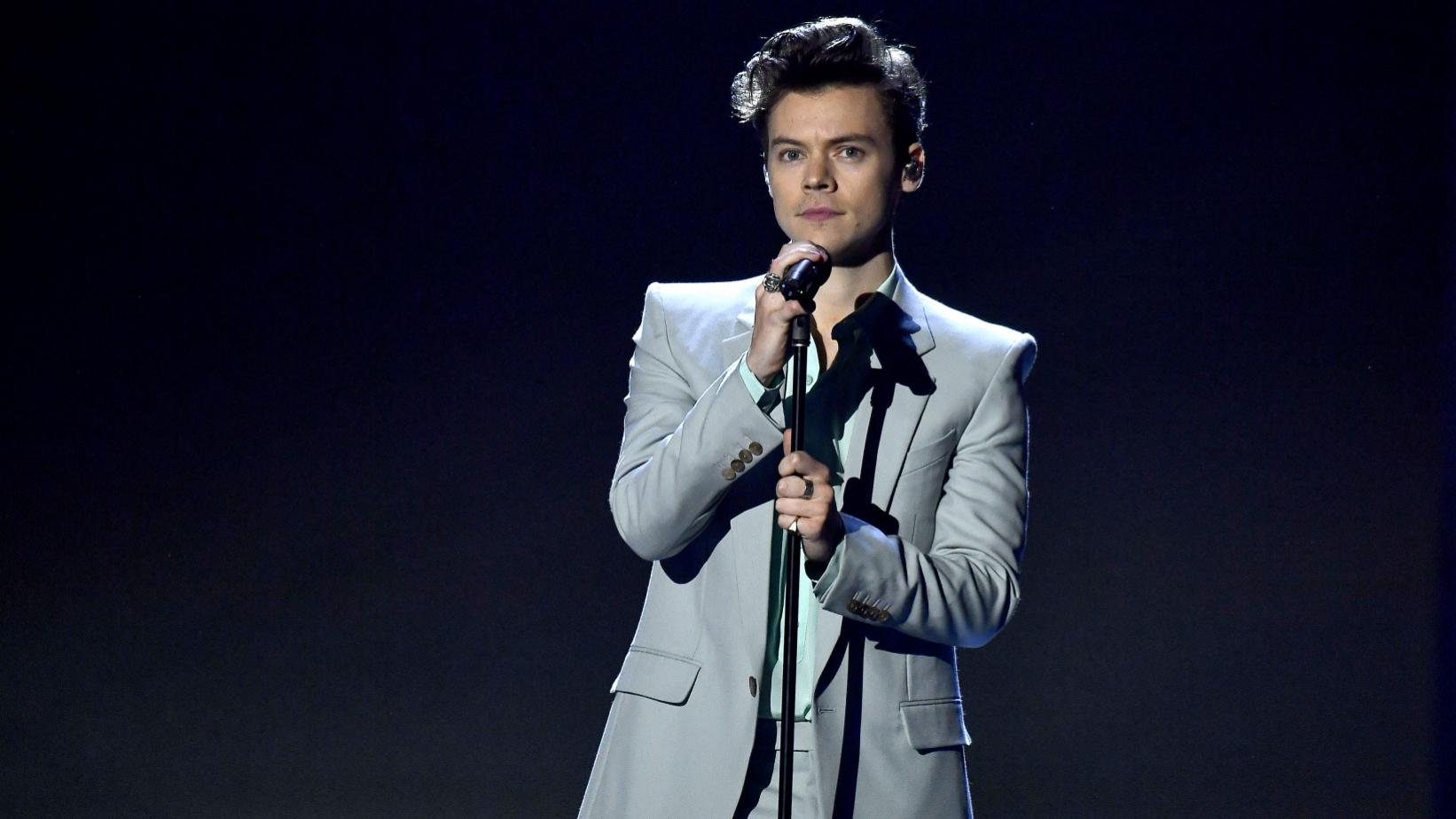 Harry Styles onstage in 2017